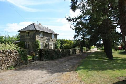 3 bedroom detached house to rent - Nr. Burford, Oxfordshire