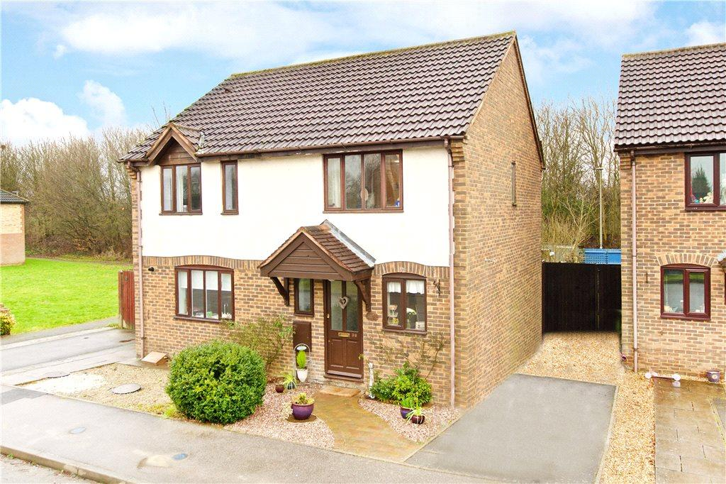 2 Bedrooms Semi Detached House for sale in Sorrell Drive, Newport Pagnell, Buckinghamshire