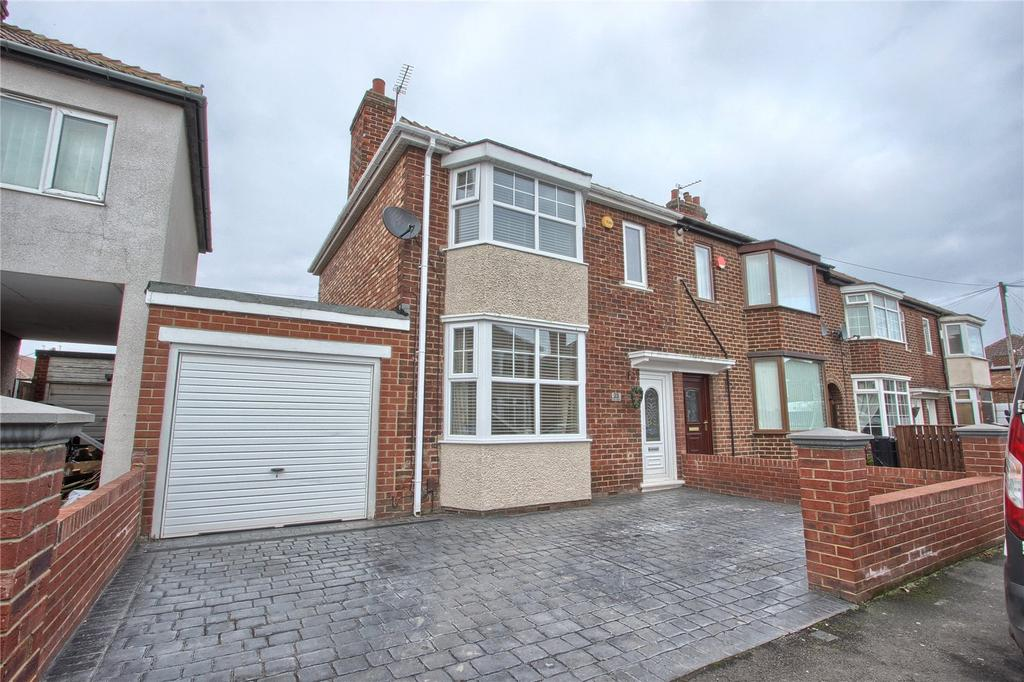 3 Bedrooms End Of Terrace House for sale in Corby Avenue, Acklam