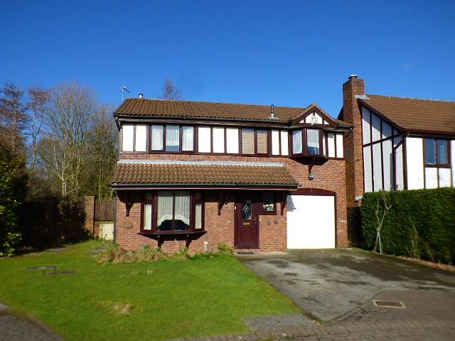 4 Bedrooms Detached House for sale in Great Riding, Norton, Runcorn