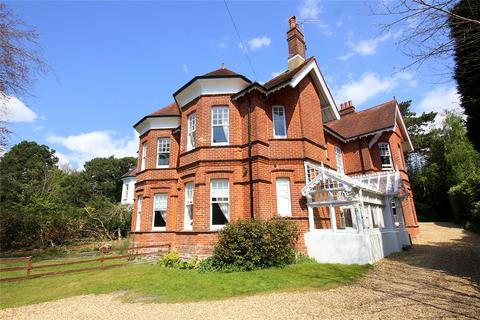 2 bedroom flat for sale - West Overcliff Drive, West Overcliff, Bournemouth, Dorset, BH4