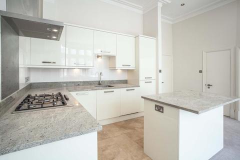 2 bedroom flat to rent - Gloucester Walk, Kensington, London, W8