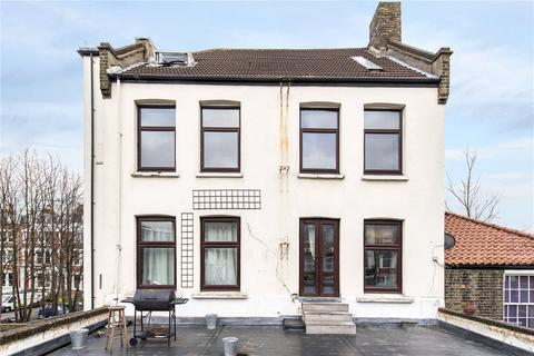 2 bedroom flat for sale - Brixton Hill, London, SW2
