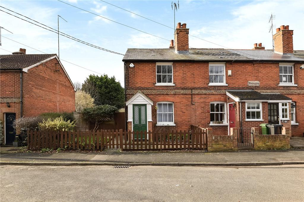 2 Bedrooms End Of Terrace House for sale in Roman Road, Worting, Basingstoke, Hampshire, RG23