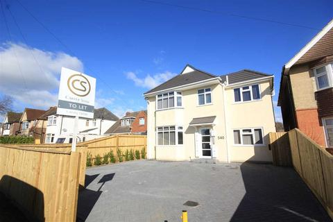 Studio to rent - Blandford Road, Poole