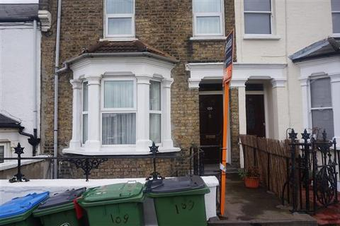 3 bedroom house to rent - Parkdale Road, Plumstead, LONDON