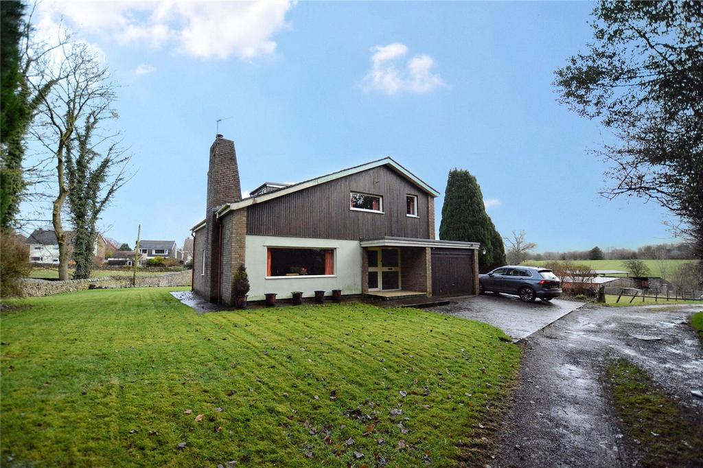 4 Bedrooms Equestrian Facility Character Property for sale in Chapel Lane, West Bradford, Clitheroe, Lancashire, BB7