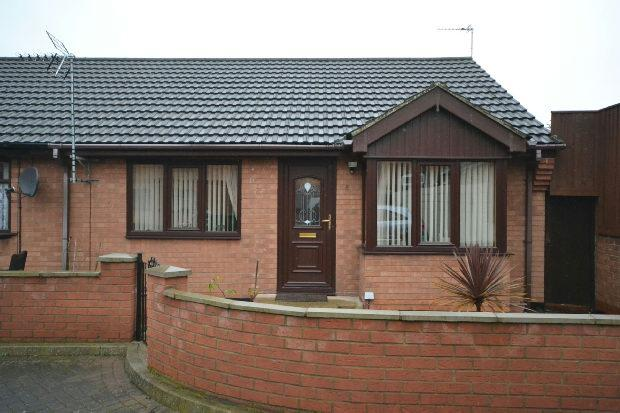 2 Bedrooms Semi Detached Bungalow for sale in Rutland Court, Rutland Street, Grimsby