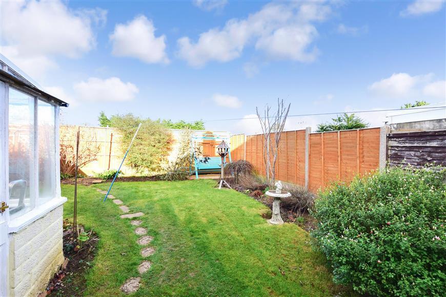 2 Bedrooms Semi Detached Bungalow for sale in Warren Crescent, East Preston, West Sussex