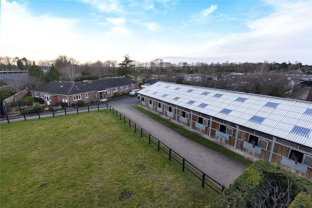 4 Bedrooms Equestrian Facility Character Property for sale in Hamilton Road, Newmarket, Suffolk, CB8