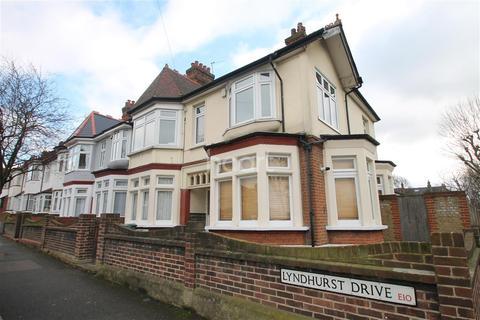 1 bedroom flat to rent - Lyndhurst Drive, E10