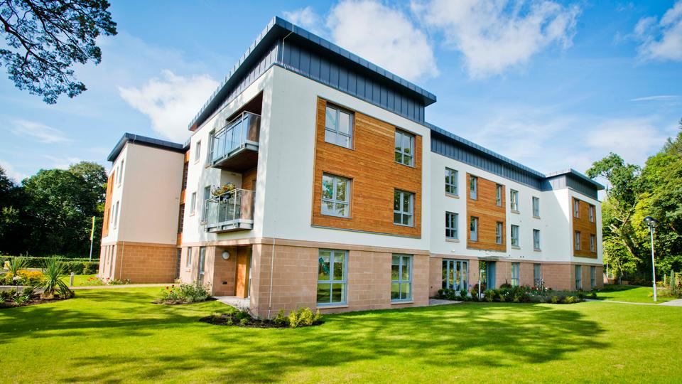 2 Bedrooms Apartment Flat for sale in The Pines, Murdochs Lone, Alloway, KA7 4WD