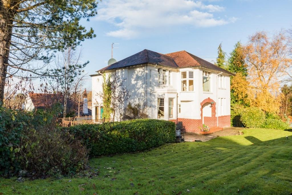 5 Bedrooms Detached Villa House for sale in Glencaple, 8 Torrington Avenue, Lower Whitecraigs, G46 7LF