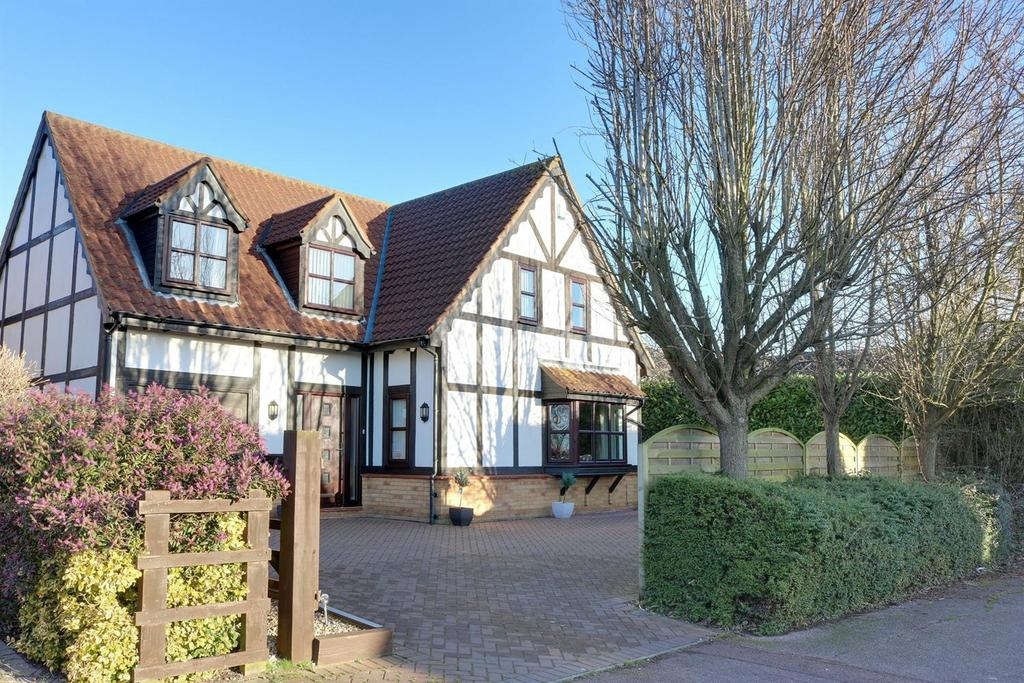 4 Bedrooms Detached House for sale in West Bletchley