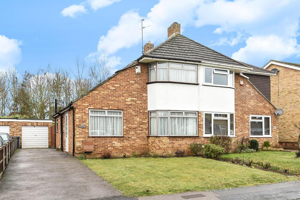 3 Bedrooms Semi Detached House for sale in St Peters Road, Aylesford