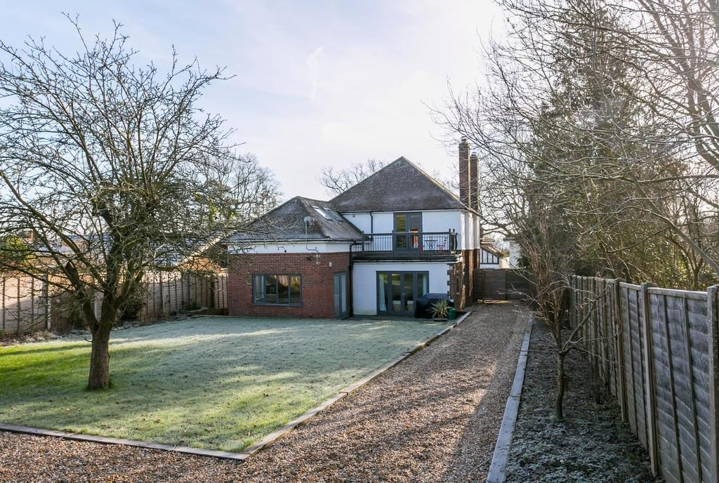 3 Bedrooms Detached House for sale in Hildenborough