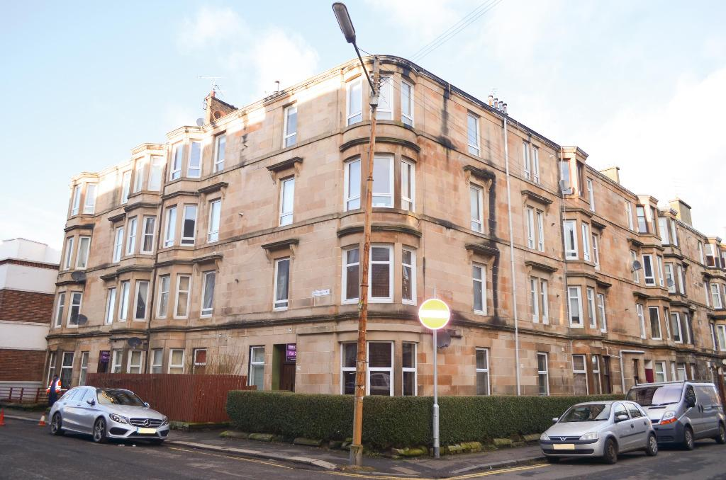 1 Bedroom Flat for sale in Newlands Road, Flat 1/2, Cathcart, Glasgow, G44 4EU