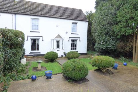 3 bedroom semi-detached house for sale - Peel Close, Parkstone
