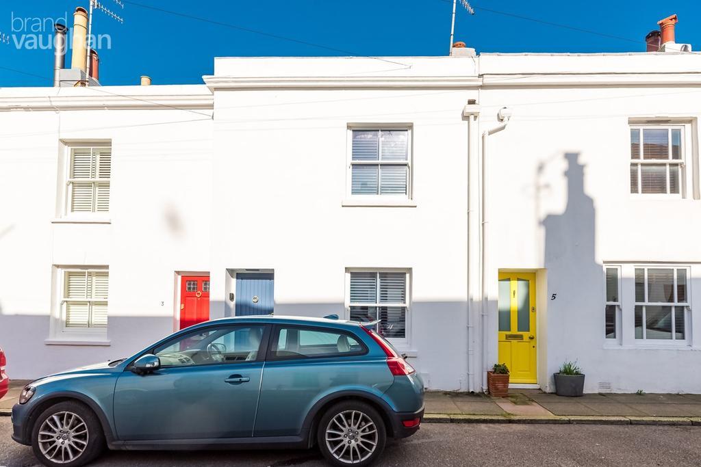 2 Bedrooms Terraced House for sale in Bloomsbury Street, Brighton, Brighton, BN2