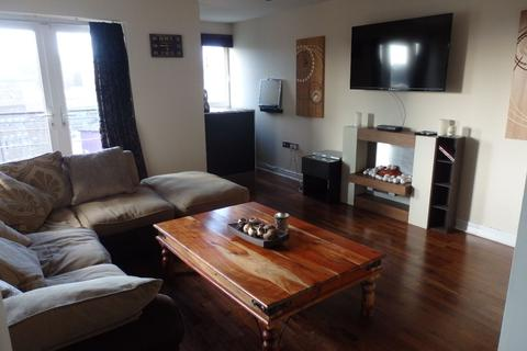 2 bedroom apartment to rent - Bar in the Bar ...
