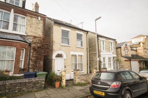 2 bedroom flat to rent - Priory Road, Cambridge
