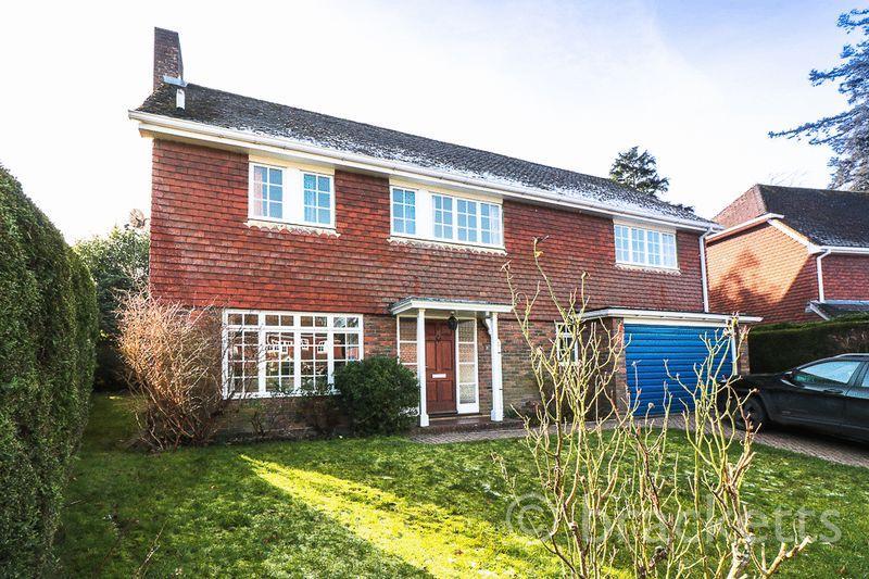 4 Bedrooms Detached House for sale in Broad Grove, Tunbridge Wells