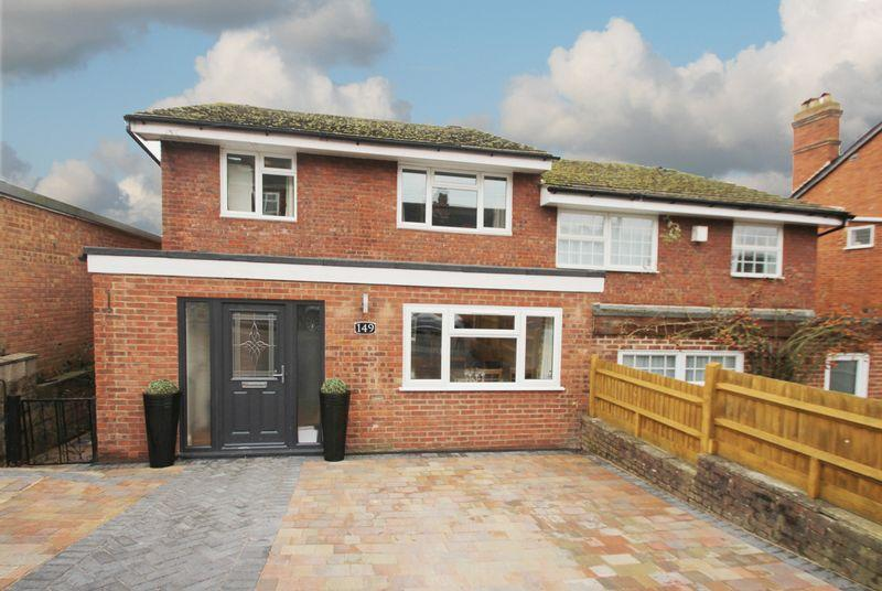 4 Bedrooms Semi Detached House for sale in St Marys Road, Tonbridge