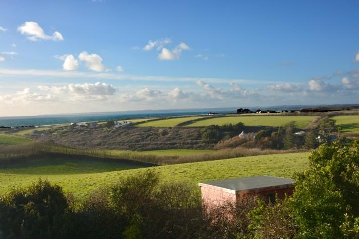 3 Bedrooms Bungalow for sale in Laflouder Fields, Mullion, Cornwall, TR12