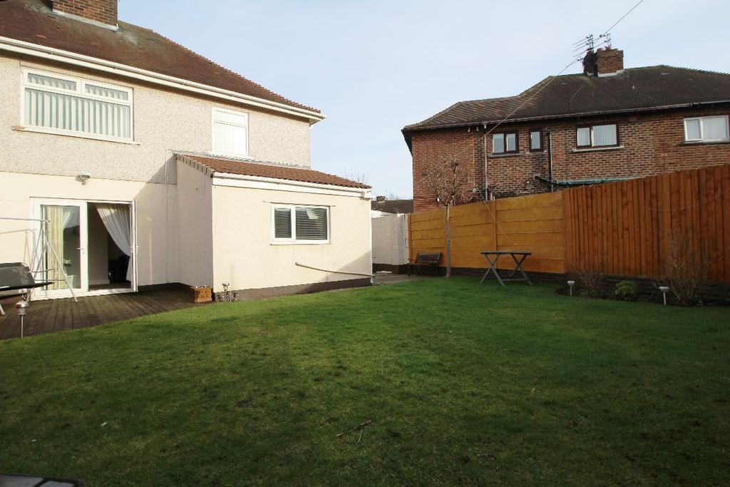 4 Bedrooms Semi Detached House for sale in Orchard Hey