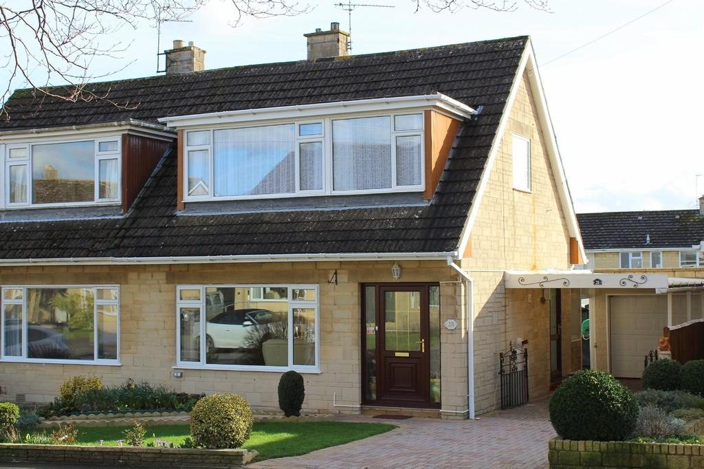 3 Bedrooms Semi Detached House for sale in Berryfield, Bradford on Avon