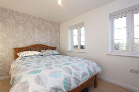 2 bedroom semi-detached house to rent - Albatross Road, Exeter