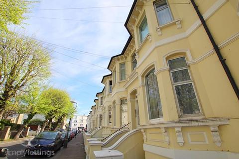 Studio to rent - F13, 24 Seafield Road, Hove