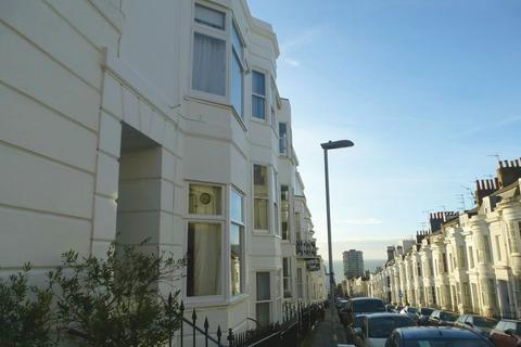 Studio to rent - Montpelier Street, Brighton