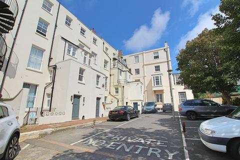 Studio to rent - Sillwood Place, Brighton