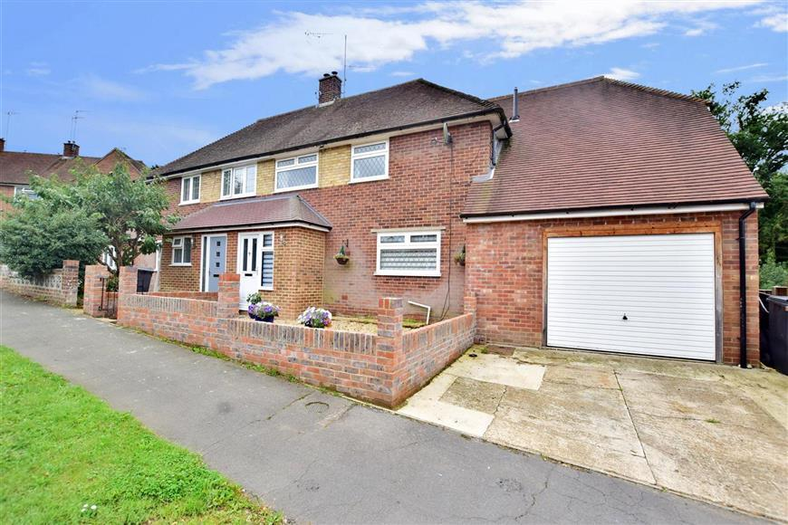 4 Bedrooms Semi Detached House for sale in Nursery Hill, Shamley Green, Guildford, Surrey