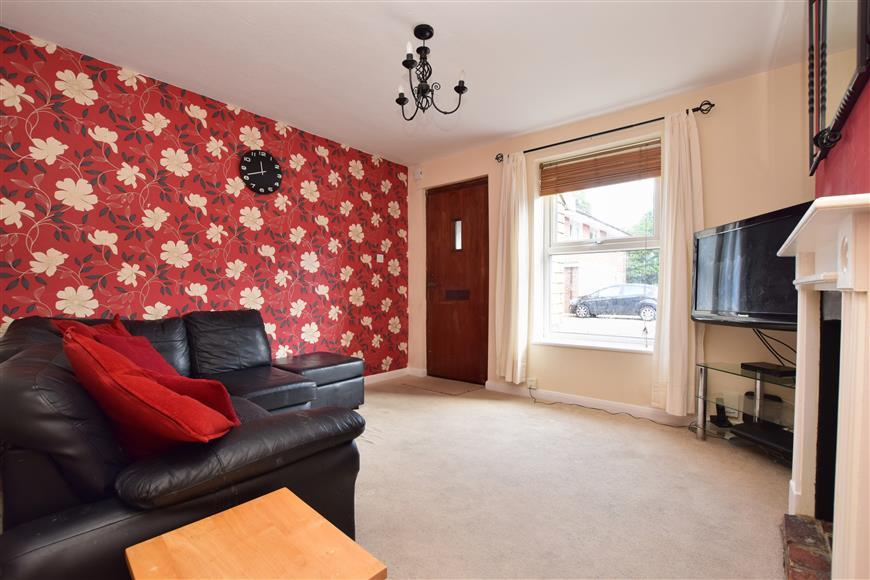 2 Bedrooms Terraced House for sale in Prospect Place, West Green, Crawley, West Sussex