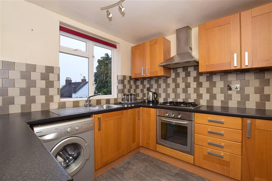 1 Bedroom Apartment Flat for sale in Hampstead Road, Dorking, Surrey