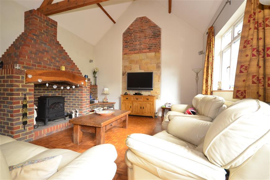 3 Bedrooms Unique Property for sale in Lewes Road, Forest Row, East Sussex
