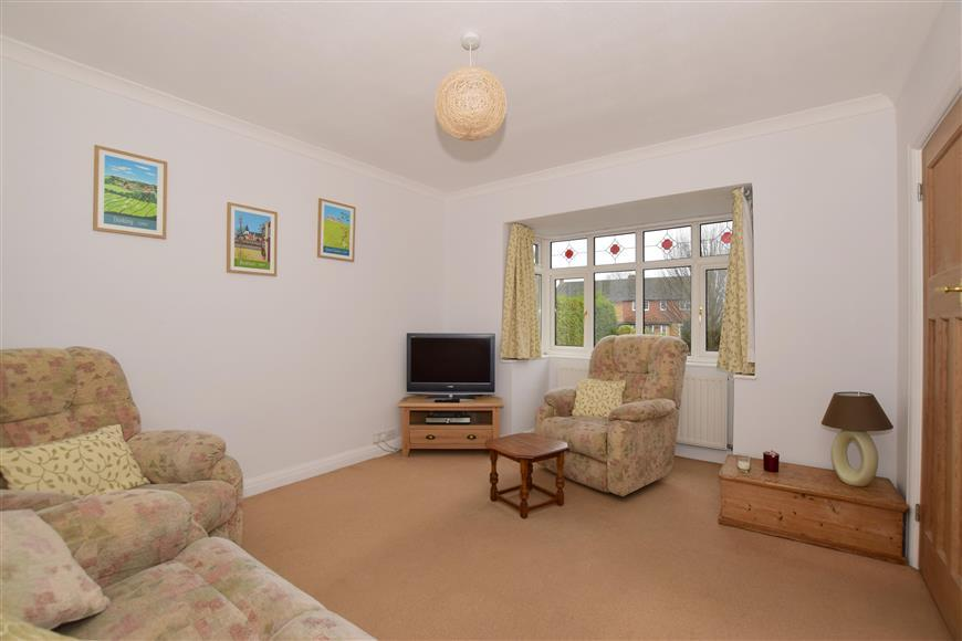 3 Bedrooms Detached House for sale in Crabtree Lane, Bookham, Leatherhead, Surrey