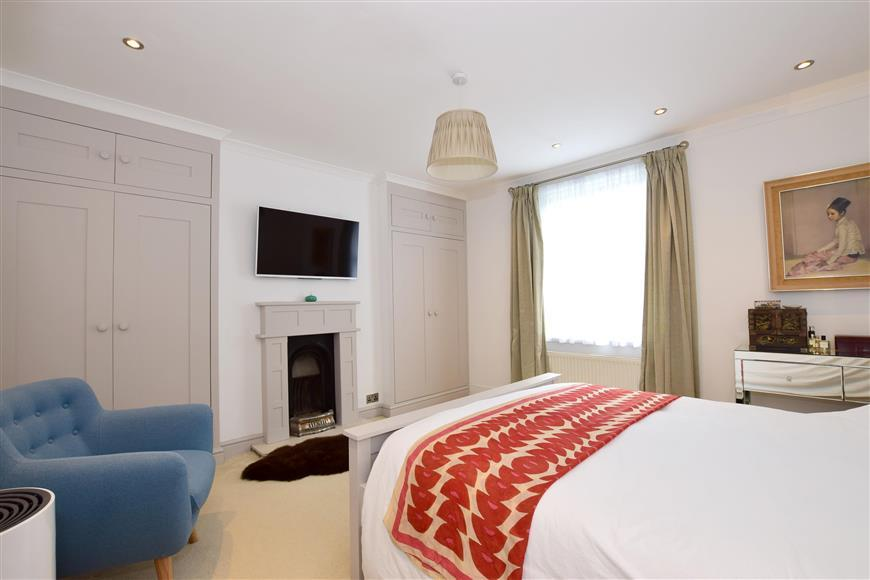 3 Bedrooms End Of Terrace House for sale in Malling Street, Lewes, East Sussex
