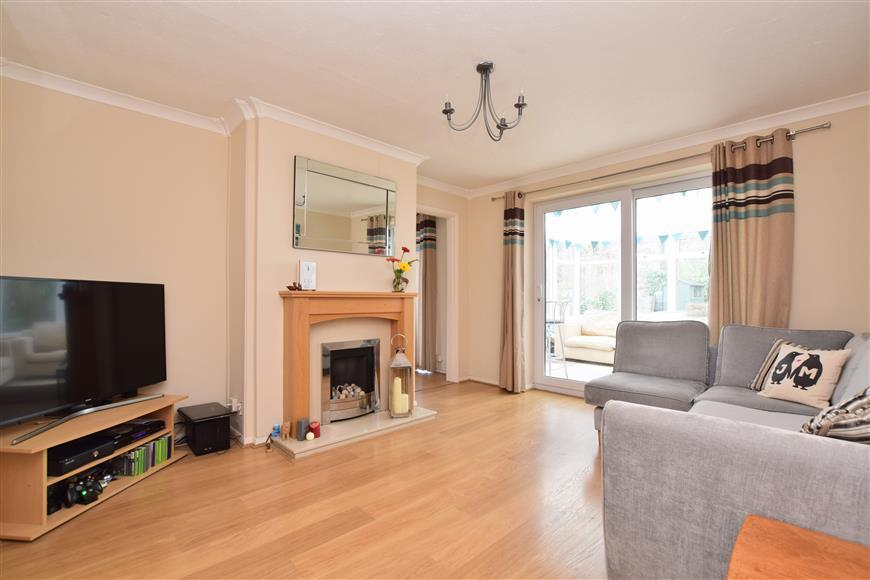 3 Bedrooms Semi Detached House for sale in Staplehurst Road, Reigate, Surrey