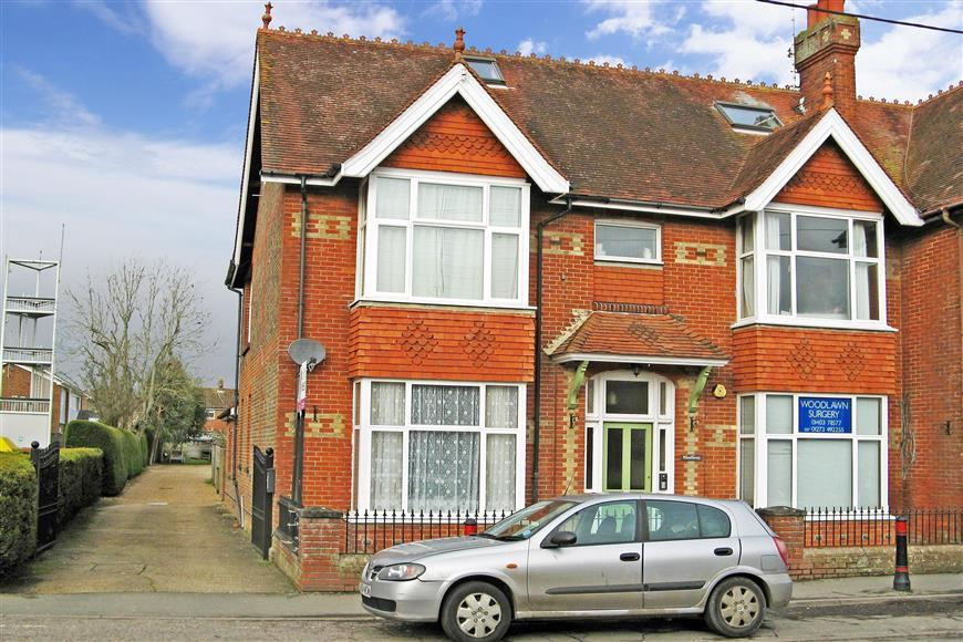 1 Bedroom Flat for sale in High Street, Partridge Green, West Sussex