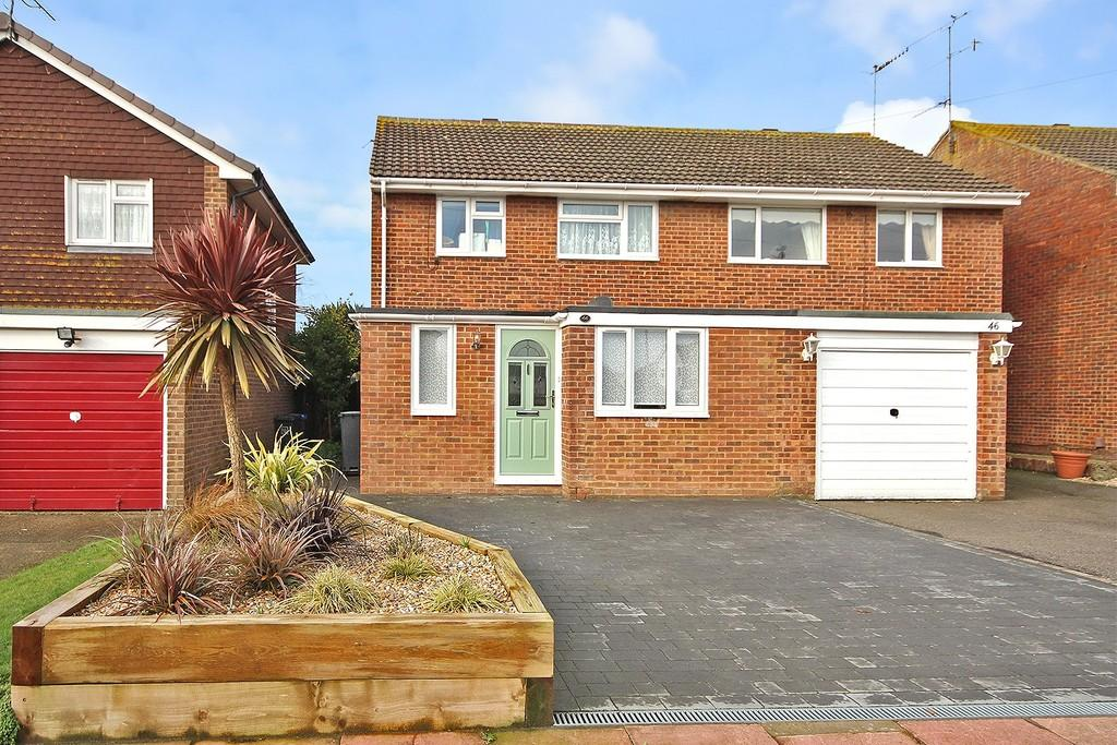 4 Bedrooms Semi Detached House for sale in Tavy Road, Worthing BN13 3PG