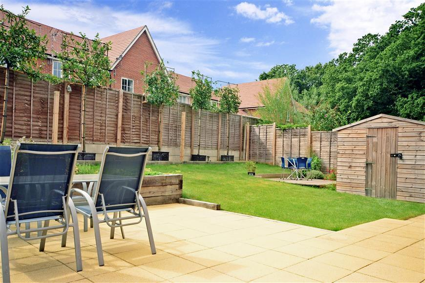 4 Bedrooms Detached House for sale in Roman Lane, Southwater, Horsham, West Sussex
