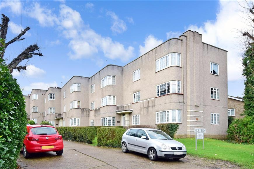 2 Bedrooms Apartment Flat for sale in Sutton Common Road, Sutton, Surrey