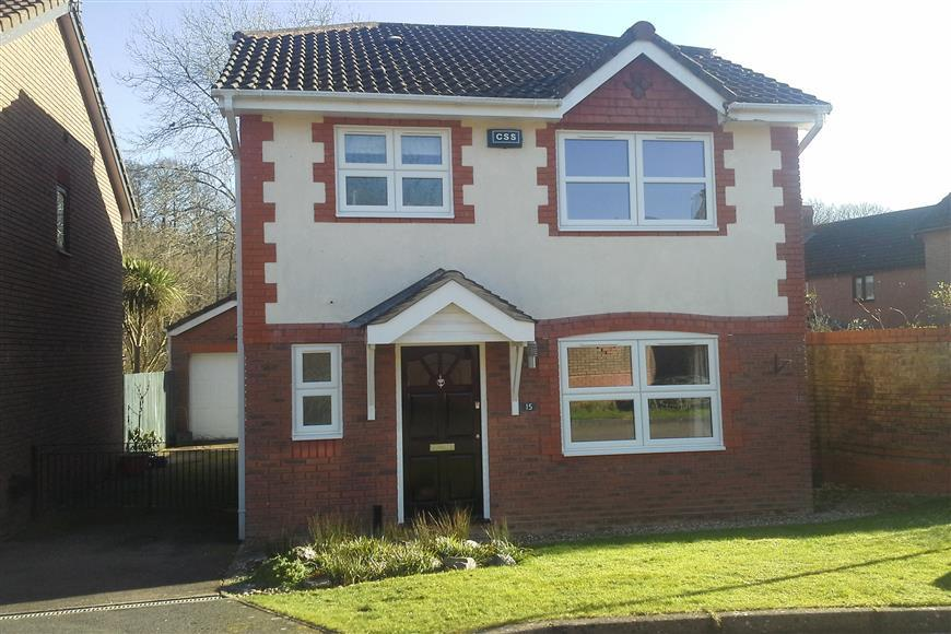 3 Bedrooms Detached House for sale in Eagle Close, Uckfield, East Sussex