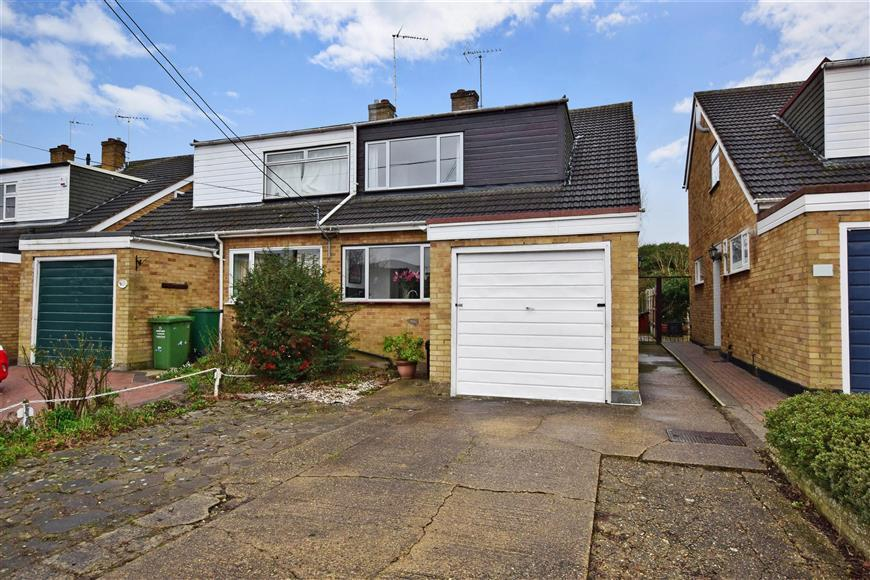 3 Bedrooms Semi Detached House for sale in Perry Street, Billericay, Essex
