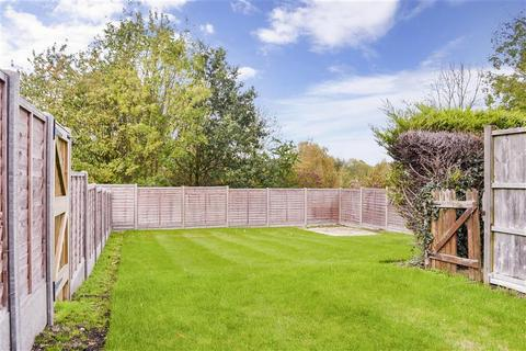 2 bedroom cottage for sale - Lambourne Square, Lambourne End, Chigwell Row, Essex