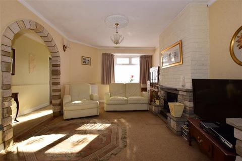 2 bedroom semi-detached bungalow for sale - Somerset Gardens, Hornchurch, Essex