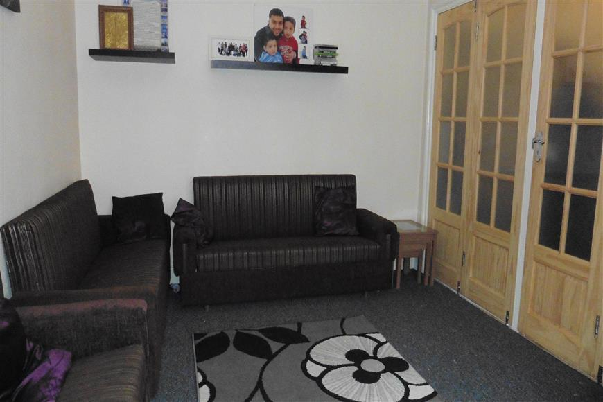 3 Bedrooms End Of Terrace House for sale in St. Marys Road, Ilford, Essex, Essex